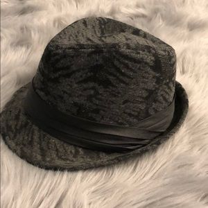 Accessories - Black and Gray Fedora